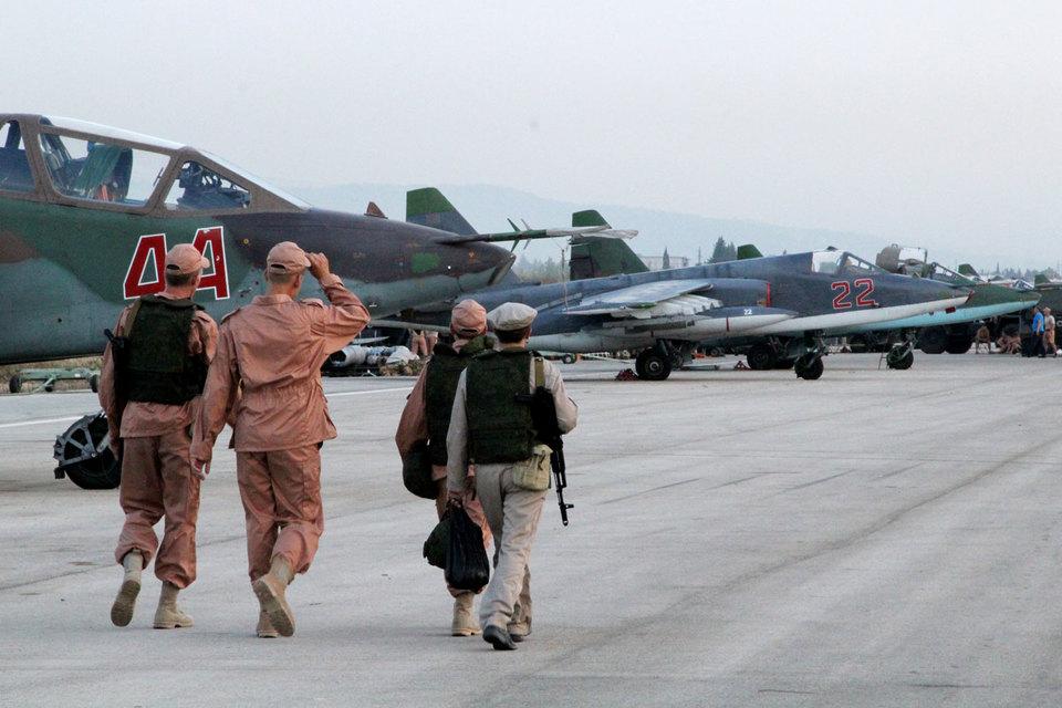 Семь стран попросили Россию не бомбить умеренную оппозицию в Сирии