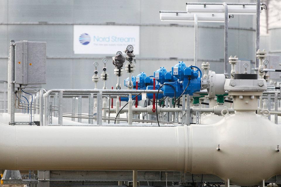 В понедельник Миллер подтвердил, что две новые нитки «Северного потока» мощностью 55 млрд куб. м будут запущены в 2019 г. То есть накануне истечения транзитного контракта с Украиной