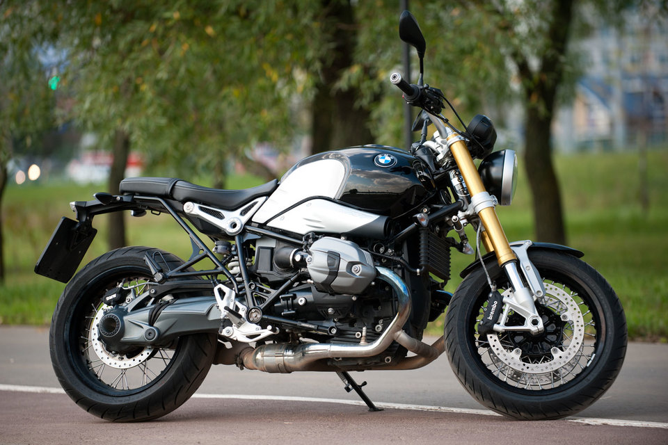 BMW R nine T - подарок поклонникам на 90-летие BMW Motorrad