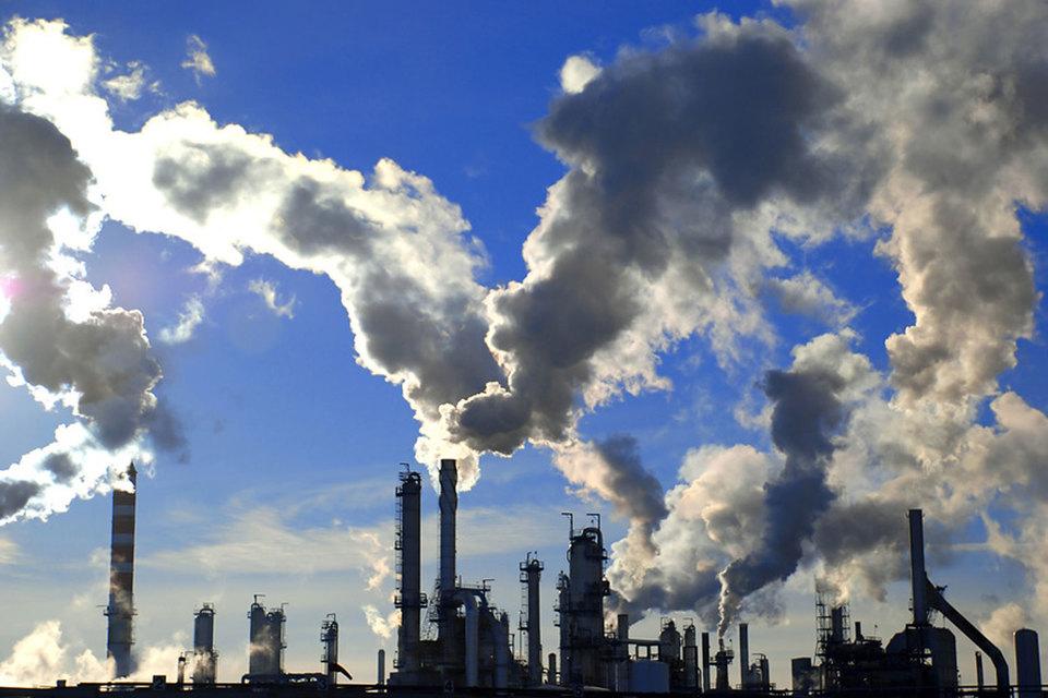 Ожидается, что в Париже компании объявят о ряде мер по борьбе с глобальным потеплением, в том числе о сотрудничестве по ограничению сжигания метана