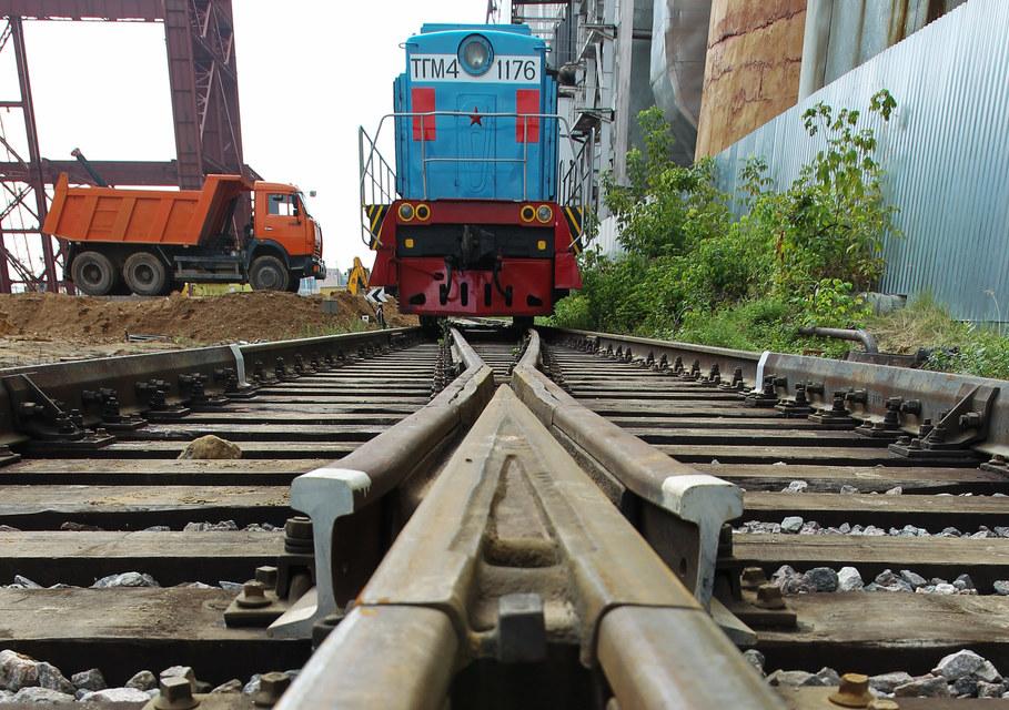 Российские железные дороги переведут свои локомотивы на новый путь