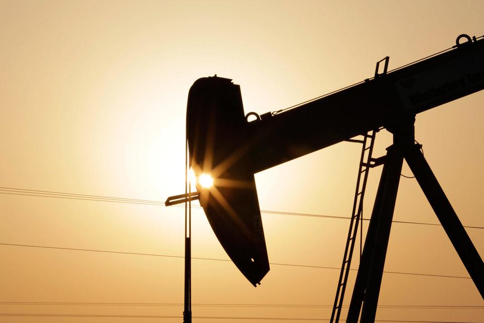 Нестабильность на Ближнем Востоке поддержала цены на нефть