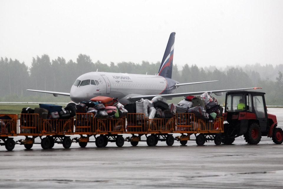 «Аэрофлот» спас «Библио глобус» от возможного банкротства, предоставив ему на два месяца лайнер для перевозки пассажиров «Трансаэро»