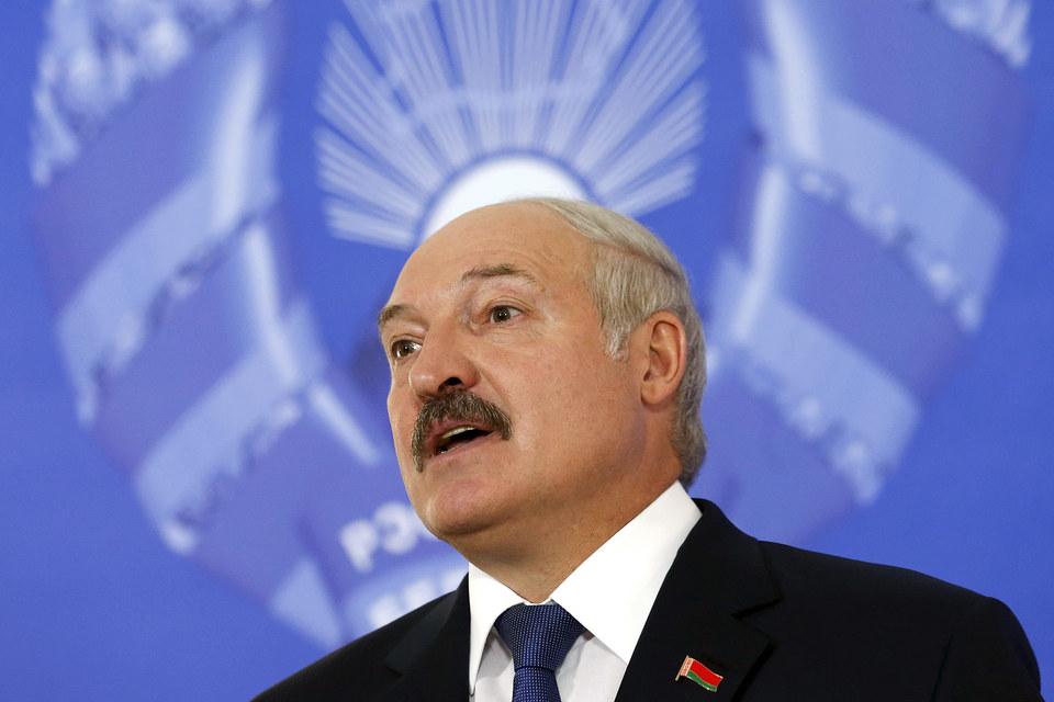 6 октября Лукашенко утверждал, что видит позитивную динамику в отношениях Белоруссии и Запада