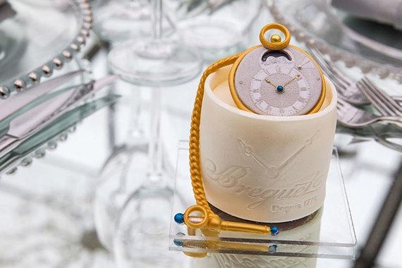Одна из самых крупных экспозиций этой осени - выставка «Часовое искусство и инновации дома Breguet» в Сан-Франциско.