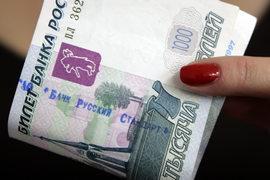 Банк «Русский стандарт» нашел компромисс с держателями облигаций: 18% номинала они получат деньгами, остальное обменяют на бумаги, но не банка, а компании-акционера