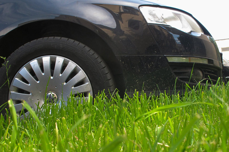 VW хочет выиграть 3 млрд евро на снижении цен от поставщиков, чтобы смягчить влияние издержек от «дизельного скандала», сообщала немецкая газета Handelsblatt