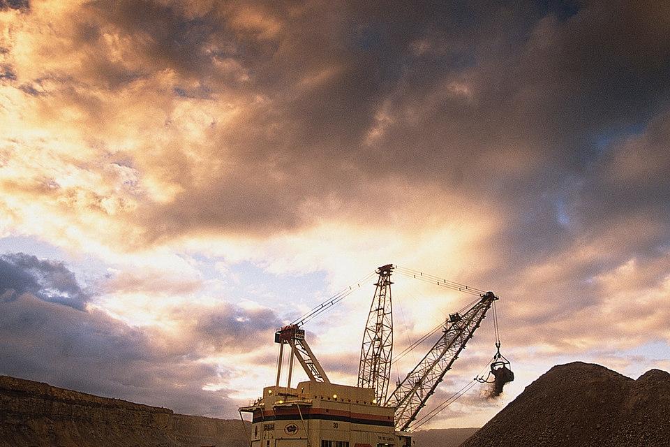 Добыча в прошлом году выросла на руднике Cobar на 6% до 49 600 т, а на Lomas Bayas сократилась на 10% до 66 600 т.
