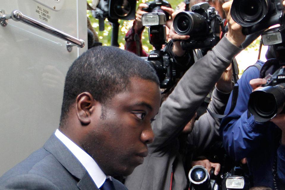 Адоболи говорил на суде, что менеджеры UBS заставляли его открывать рисковые позиции и что несоблюдение правил было в банке в порядке вещей