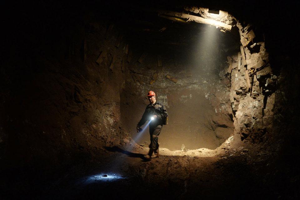 Сейчас у UC Rusal семь предприятий по добыче бокситов (на фото Североуральский бокситовый рудник)