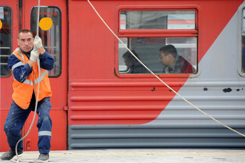 На компенсацию затрат монополии при организации пассажирских перевозок, чиновники согласны выдать компании 57,3 млрд руб.