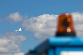 Чиновники и депутаты будут пользоваться отечественными авиакомпаниями