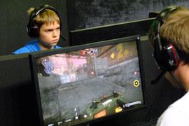 Киберспорт – это чемпионаты по компьютерным играм с материальным вознаграждением