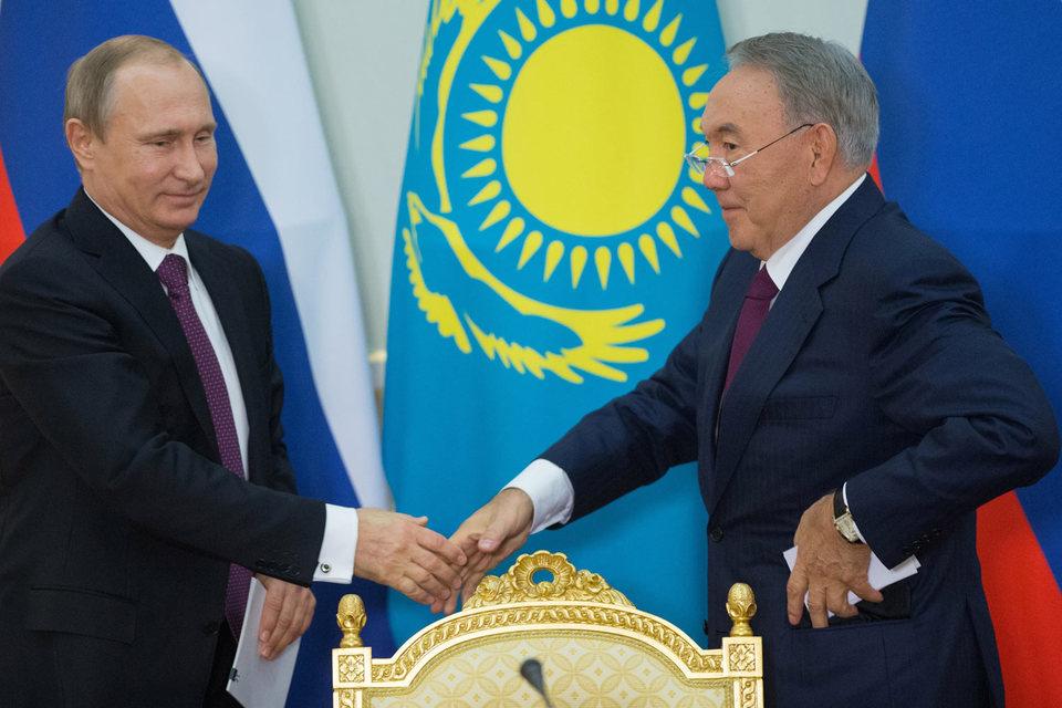 Президенты России и Казахстана Владимир Путин и Нурсултан Назарбаев наконец дали компаниям своих стран возможность разрабатывать приграничное месторождение