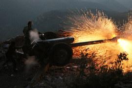 Армия, верная президенту Башару Асаду, действует на нескольких фронтах