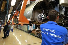 За время простоя линии B0 для альянса Renault-Nissan было недовыпущено 1000 машин, говорит представитель (цифры по Largus он не раскрыл)