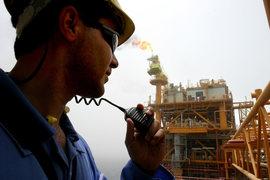 Иран намерен после снятия санкций резко нарастить нефтедобычу