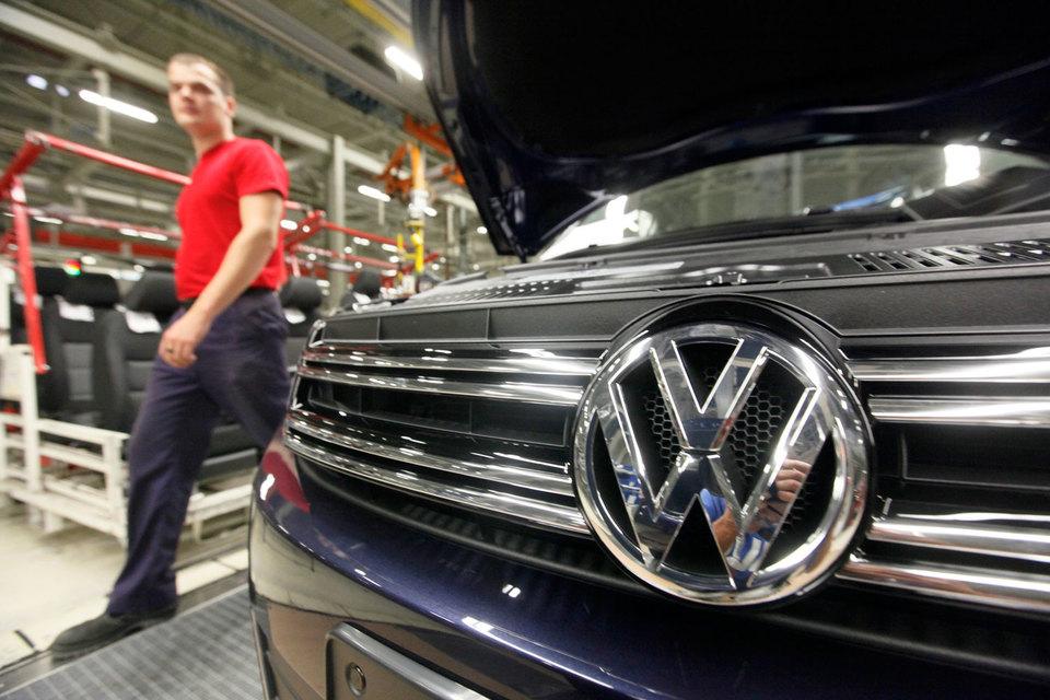 По информации «Автостата», с 2011 г. в России было зарегистрировано порядка 16 600 автомобилей Audi с дизелями «Евро-5» и 50 900 машин Volkswagen с подобными двигателями