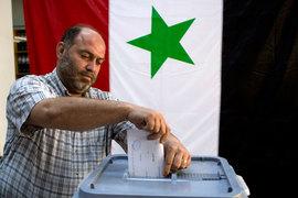 Москва настаивает на досрочных выборах президента в Сирии – Bloomberg