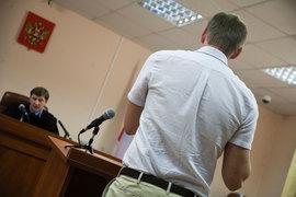 Офицеров и Навальный не согласились с исковыми требованиями