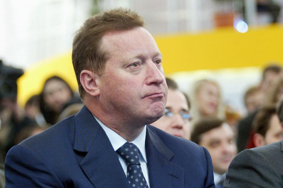 Евгений Новицкий думает, как ему быть с пенсионным бизнесом