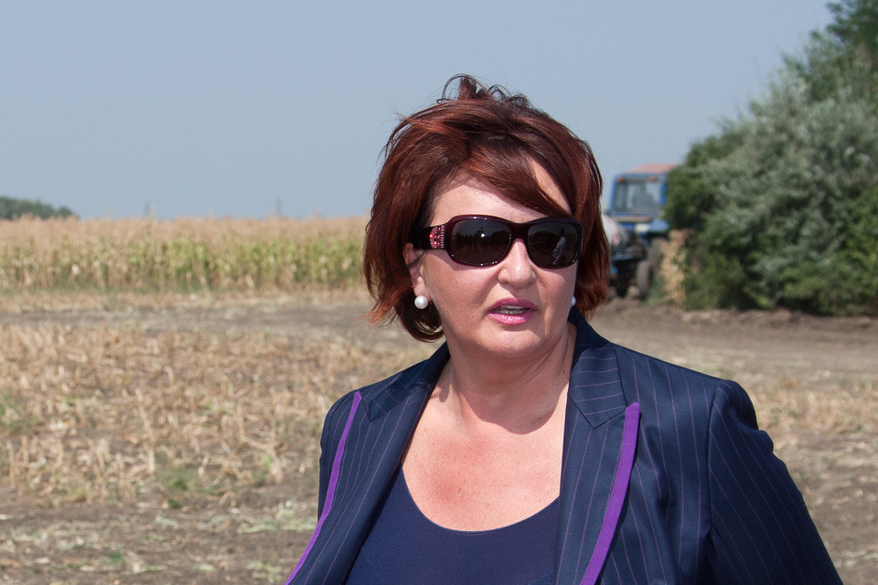 Прокуратура Швейцарии подтвердила арест счетов бывшего министра сельского хозяйства России Елены Скрынник