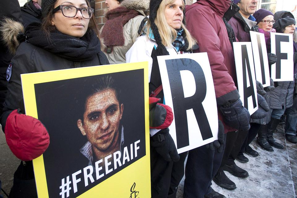 Раиф Бадави  был арестован в 2012 г. за критику представителей духовенства и религиозной полиции королевства