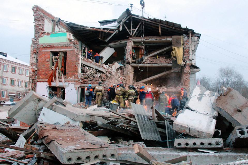 Взрыв в трехэтажном доме произошел 30 октября около 1.00
