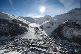 Французские горные шале дорожают, швейцарские – дешевеют