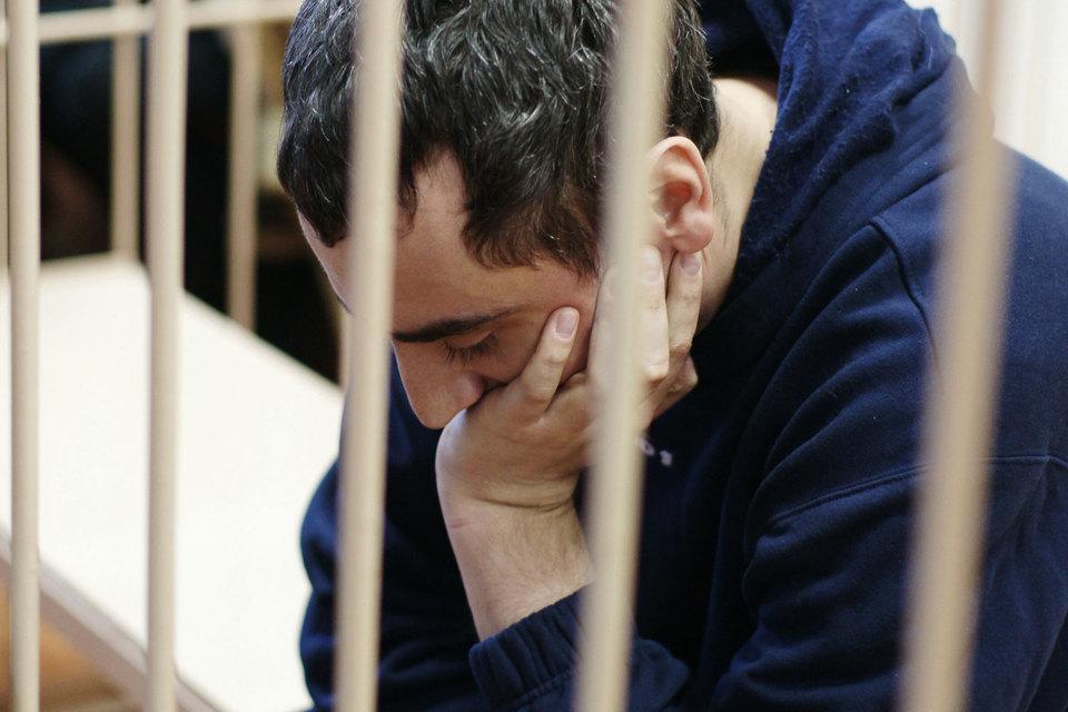 Солодкина-младшего суд признал виновным в участии в группировке Трунова, мошенничестве и подстрекательстве к поджогу автомобилей предпринимателя Фрунзика Хачатряна