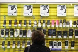«Евросеть» уже пять месяцев не продает товар Samsung