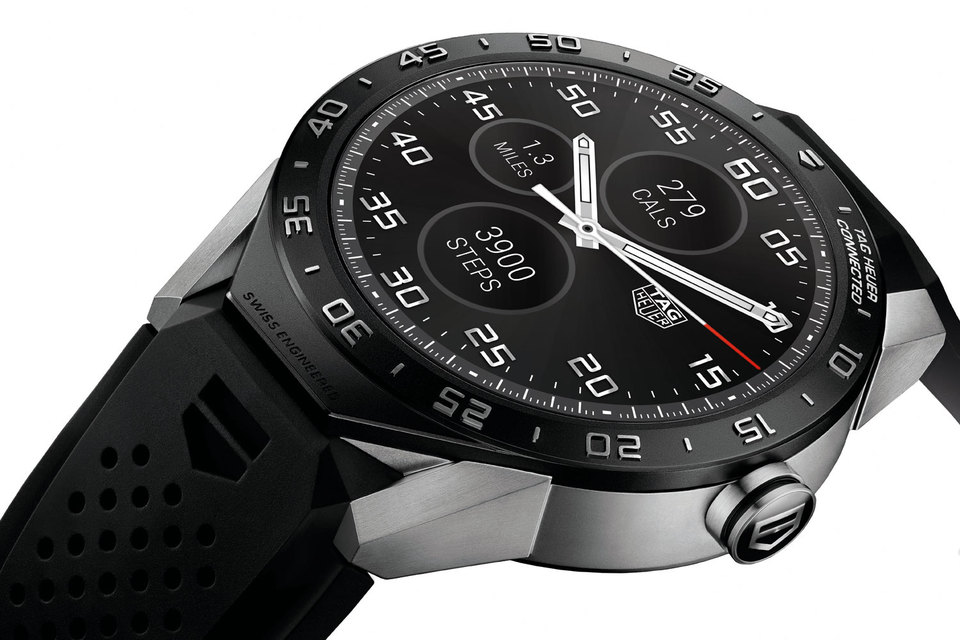 TAG Heuer представила в США свои первые умные часы TAG Heuer Connected