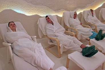 В результате девальвации российские санатории и клиники вступили в конкуренцию с иностранными
