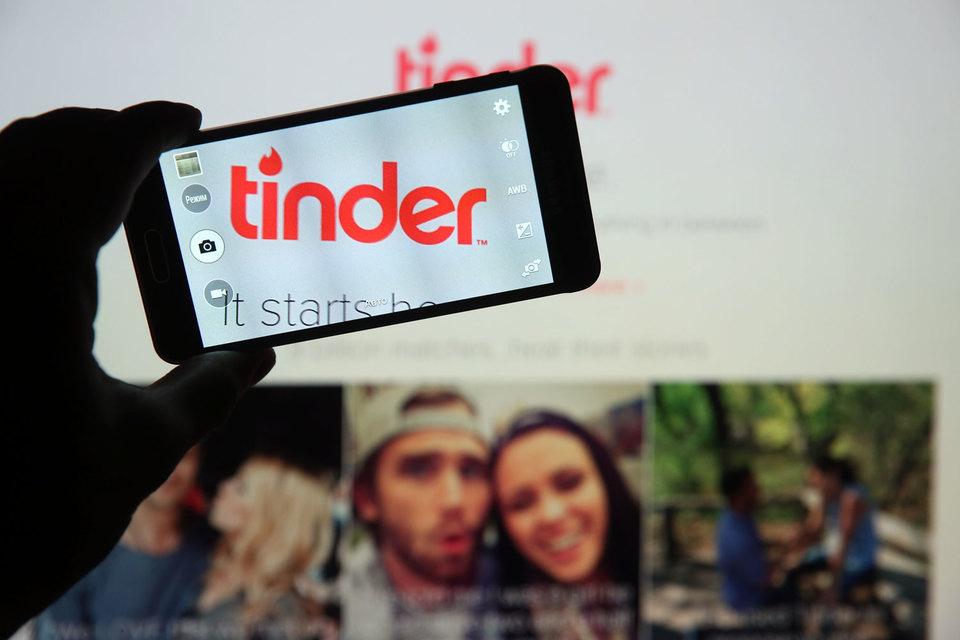 В последнее время Match Group констатировала рост пользователей ее сервисов через мобильные приложения и все более значимым становился Tinder, сообщало агентство Bloomberg