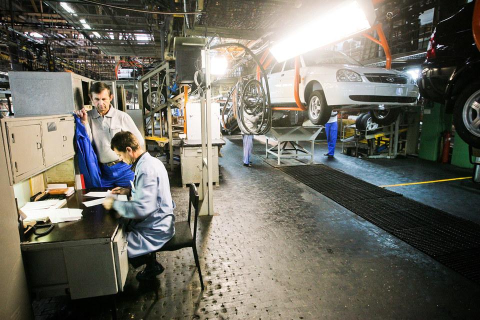 В декабре «АвтоВАЗ» планирует работать
