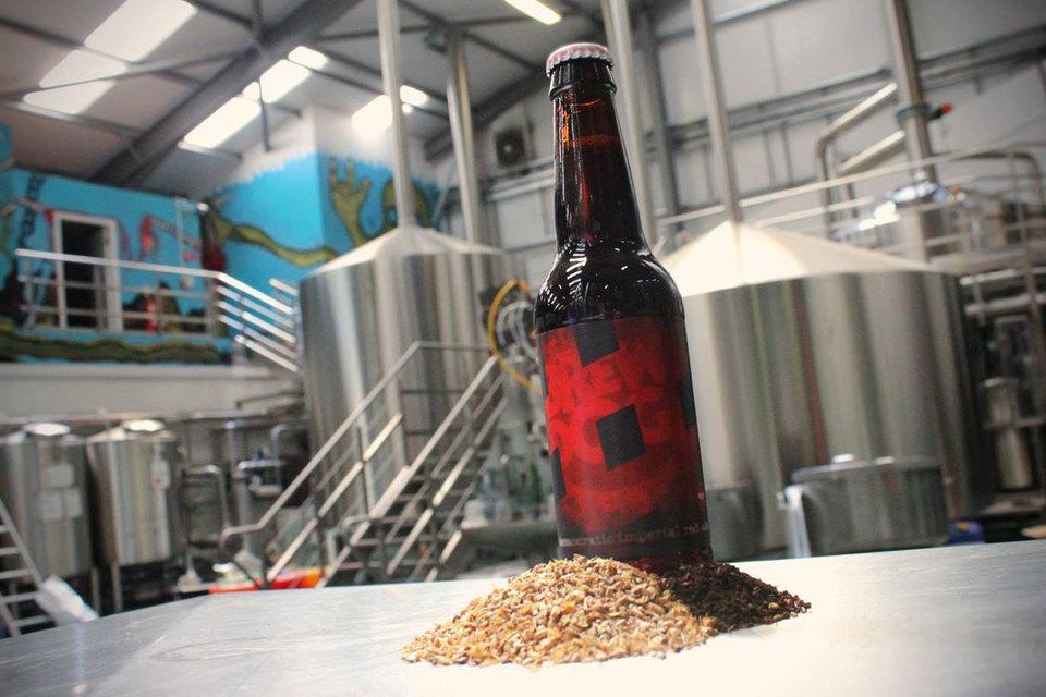 Компания BrewDog поднялась на волне моды на крафтовое пиво с необычными вкусами, которое варят мелкие компании