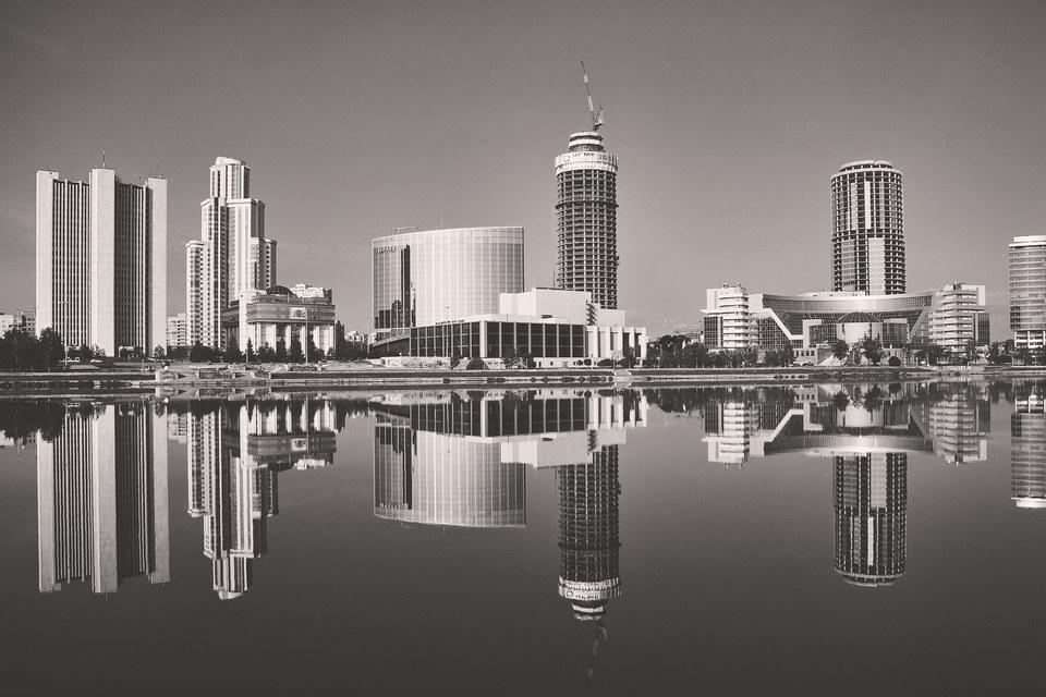 Оптимизм губернатора слабо коррелирует с кредитной политикой регионального минфина и проектом бюджета области на 2016 г.