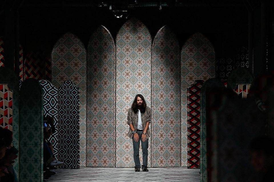 Алессандро Микеле после показа женской коллекции Gucci осень-зима 2015/2016