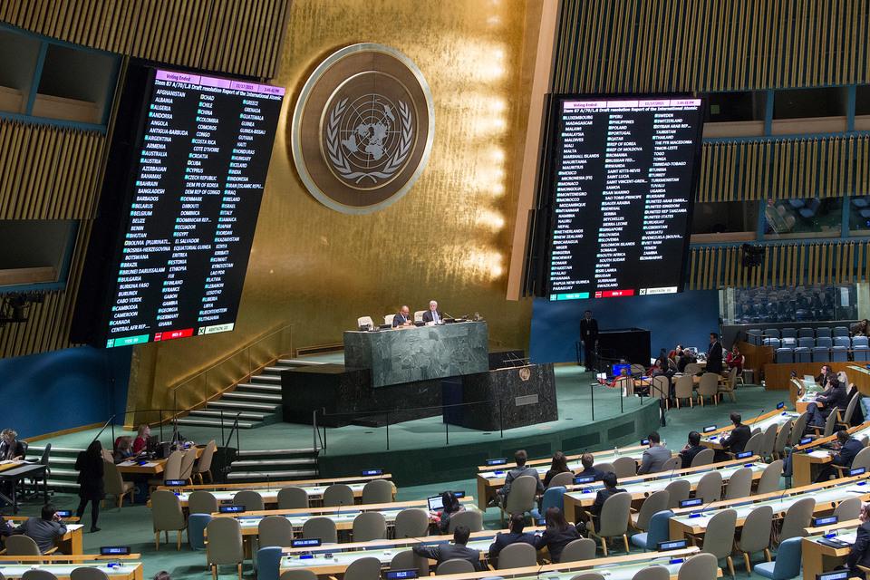 В проекте резолюции говорится о необходимости поддержки деятельности правозащитников