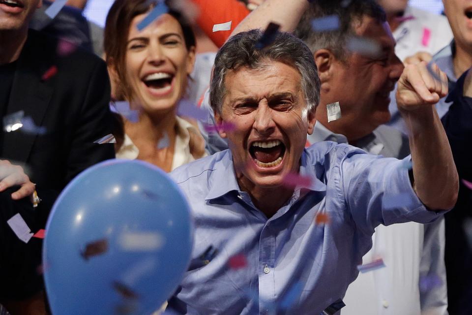 Мэр Буэнос-Айреса Маурисио Макри набрал 51,4% голосов