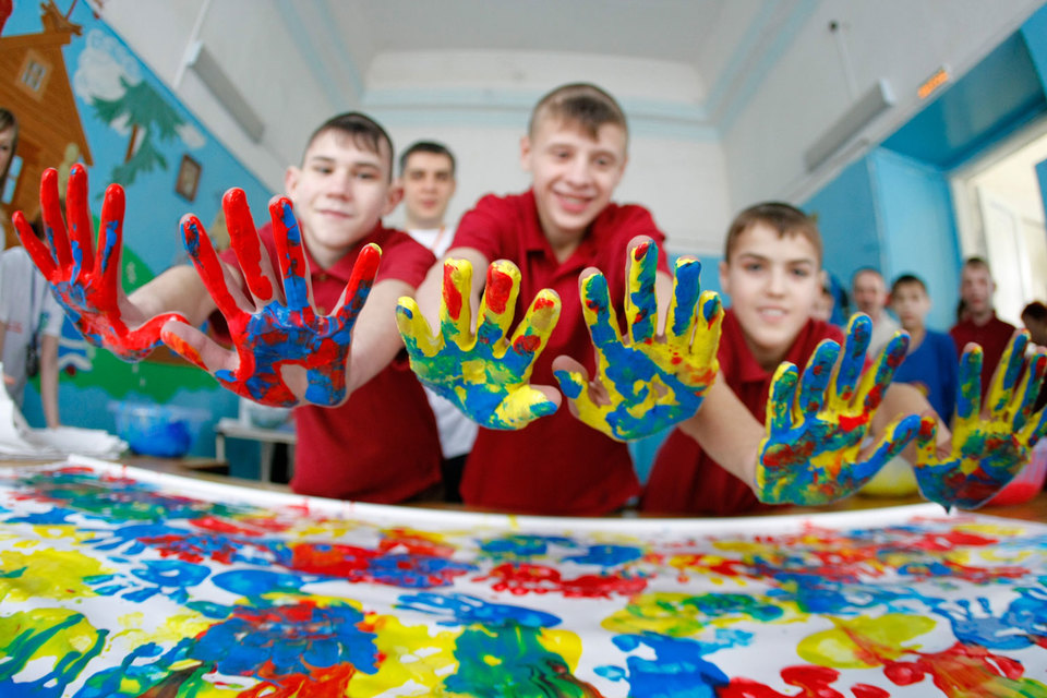 Дети – одни изсамых главных получателей благотворительной помощи