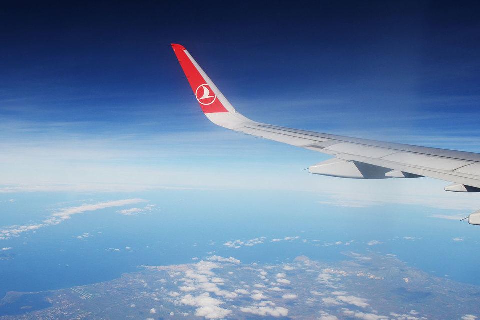 Turkish Airlines предлагает услугу перебронировать перелет в расчете на то, что отношения между Турцией и Россией наладятся и отложенный спрос будет реализован