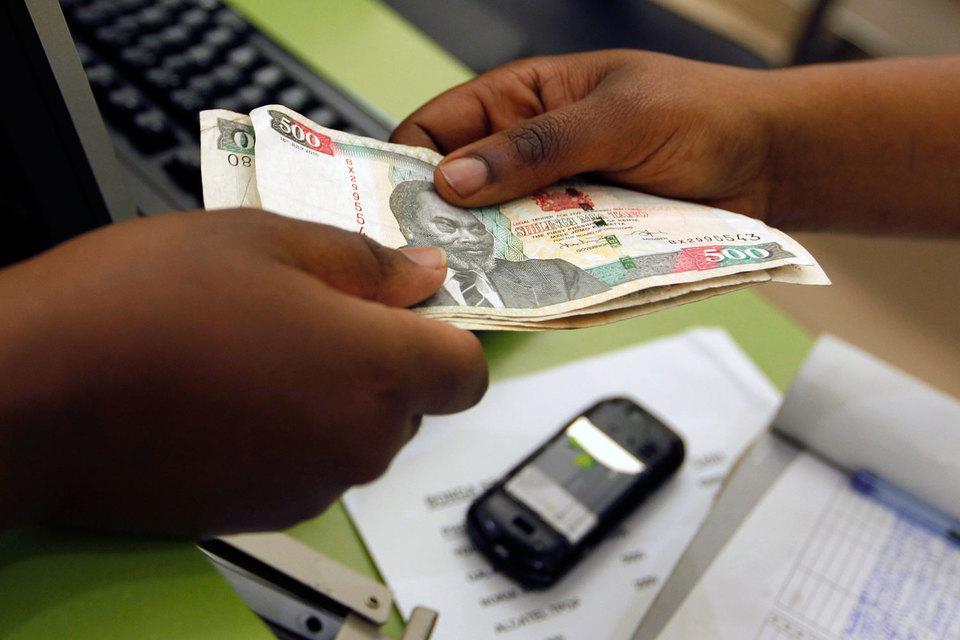 Нью-йоркская First Access изучает данные, полученные с мобильных телефонов потенциальных заемщиков в Кении, и дает рекомендации, на какую сумму им можно давать кредит
