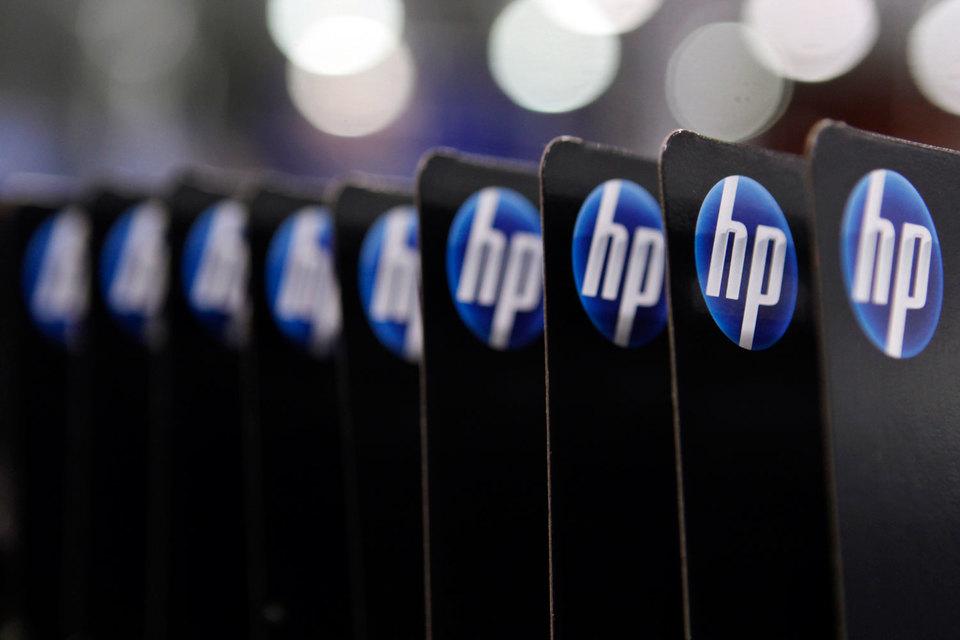 Продажи принтеров и ПК снизились по сравнению с 2014 г. на 14%, и компания ухудшила свои прогнозы прибыли как на следующий квартал, так и на весь предстоящий год