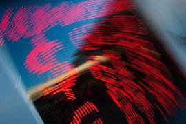 По юрфирмам сильно ударила целая серия «валютных войн» на развивающихся и развитых рынках