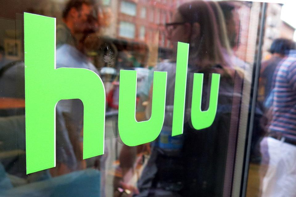 За последний год число просмотров видео на Hulu выросло на 85%, а количество его подписчиков – на 60%, рассказали аналитикам представители Fox