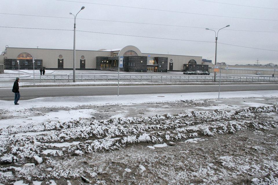 Власти Петербурга и Ленобласти отложили проект по строительству линии легкорельсового транспорта (ЛРТ) от станции метро «Парнас» до Сертолова