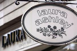 В России сеть Laura Ashley, как и на других зарубежных рынках, развивалась по франшизе. У компании около 208 собственных магазинов в Великобритании