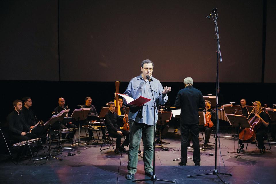 Композитор и мастер экстремального вокала Борис Филановский исполнил собственную «Норму» на слова Владимира Сорокина