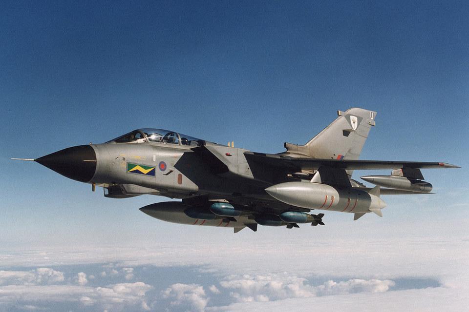 С чисто военной точки зрения вклад Германии и Великобритании в операцию коалиции не будет решающим, полагают эксперты